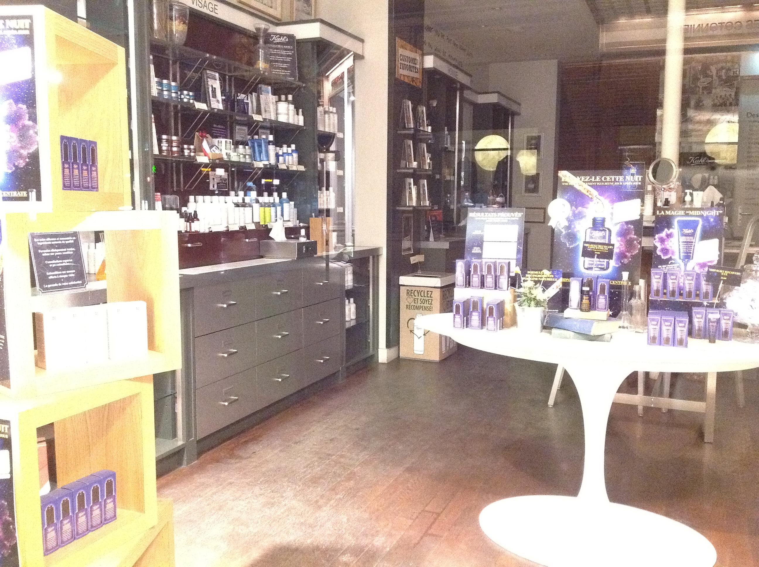 La boutique Kiehl's de la rue Bonaparte à Paris, dans le 6ème arrondissement