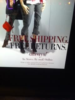 Sur les vitrines de Neiman Marcus : Livraison et retours gratuits. Boutiques, Postal, Online.