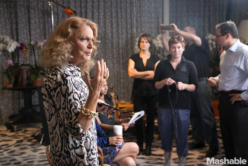 dvf utilisant google-plus-hangout. Photo Mashable