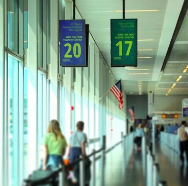 : Grâce aux beacons, les voyageurs sont prévenus :  20 minutes pour passer la zone de contrôle des passeports- Photo JFKIAT