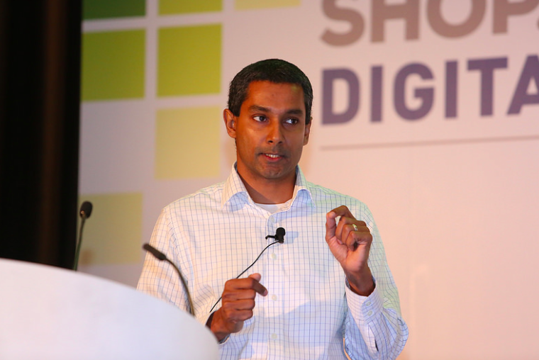 Kartik Subramanian présente l'app Walgreens à Shop.org Digital Summit