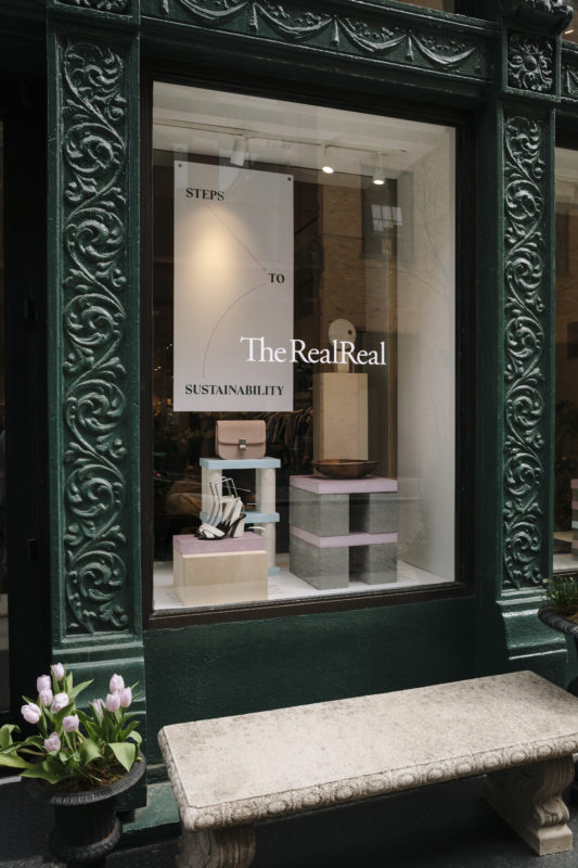 Comment le pure player The RealReal conquiert les newyorkais avec son sublime magasin permanent – Visite et photos