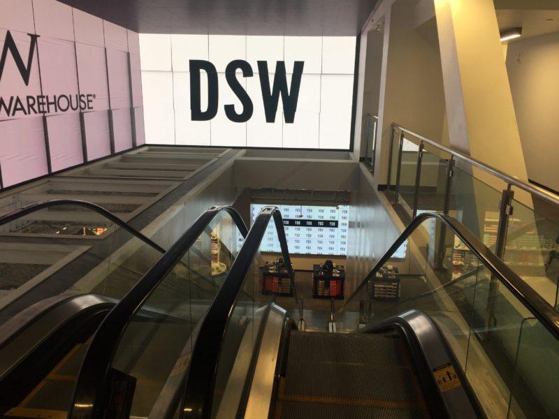 DSW, le chausseur aux idées larges